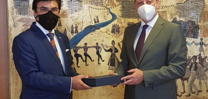 Συνάντηση Λιβανού με τον πρεσβευτή Η.Α.Ε.