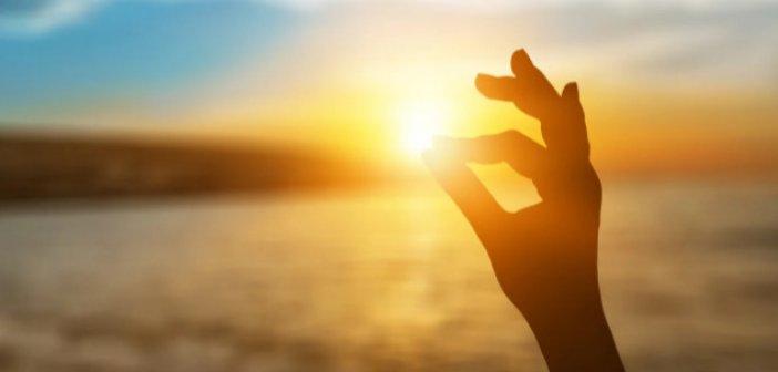 Θερινό ηλιοστάσιο: Αύριο η πρώτη επίσημη μέρα του καλοκαιριού και η μεγαλύτερη μέρα του 2021!