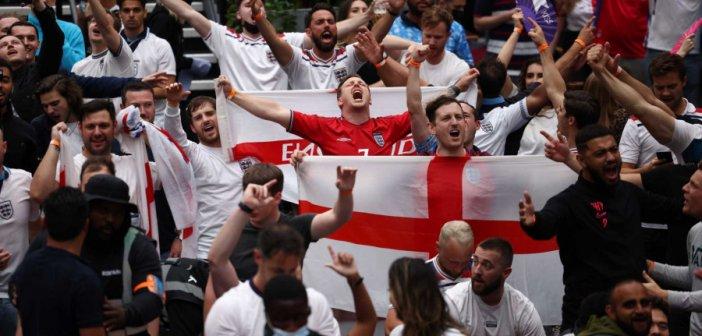 "Euro 2020: Ανησυχία από τον ΠΟΥ για τα κρούσματα σε θεατές – Ίσως έρθει νωρίτερα το νέο κύμα πανδημίας"""