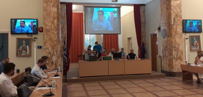 Το χέρι στη τσέπη βάζει ο Δήμος Αγρινίου για την καθαριότητα των σχολείων – Καλύπτει το κενό του Κράτους