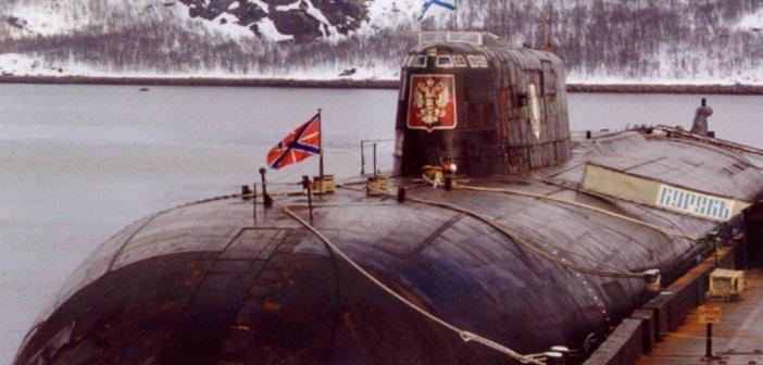 Υποβρύχιο Kursk: Η «μαύρη επέτειος» και οι απόρρητοι διάλογοι Πούτιν – Κλίντον