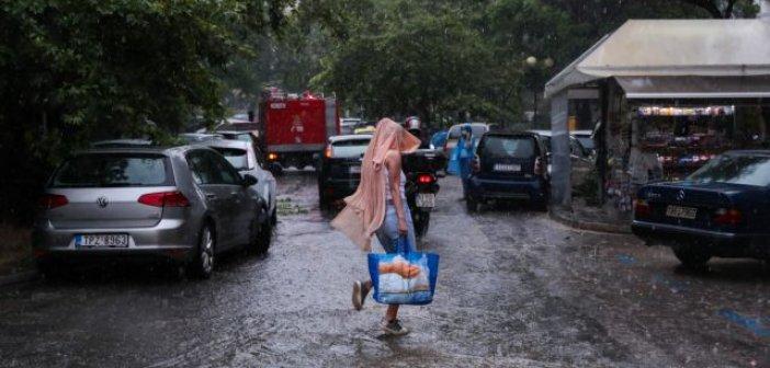 Ο καιρός τρελάθηκε – 37αρια, καταιγίδες και αφρικανική σκόνη το Σάββατο