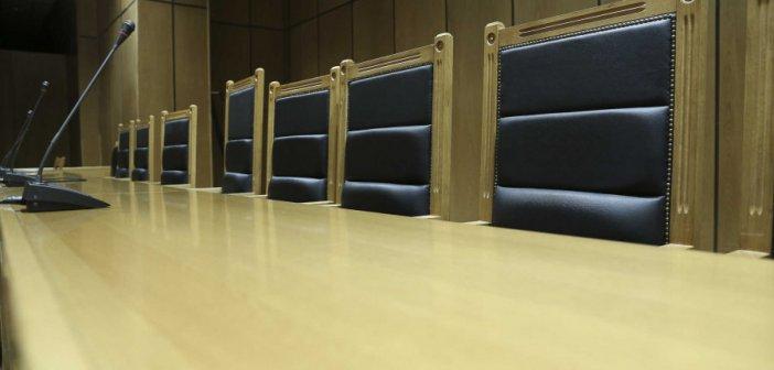 Ολομέλεια Δικηγορικών Συλλόγων: Να εμβολιαστούν όλοι οι δικηγόροι