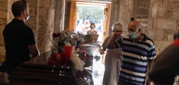 Μίκης Θεοδωράκης: Θα γίνουν όλα όπως επιθυμούσε ο ίδιος – Δικαστικό τέλος στο σήριαλ για την κηδεία και την ταφή του μεγάλου συνθέτη