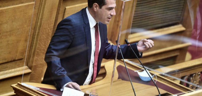 Αποκάλυψη Πλεύρη στη Βουλή: Και υγειονομικοί μπλεγμένοι στη «φάμπρικα» πλαστών πιστοποιητικών στον Παλαμά Καρδίτσας